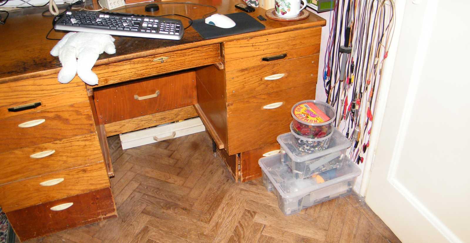 hogyan lehet fogyni egy íróasztal mögött